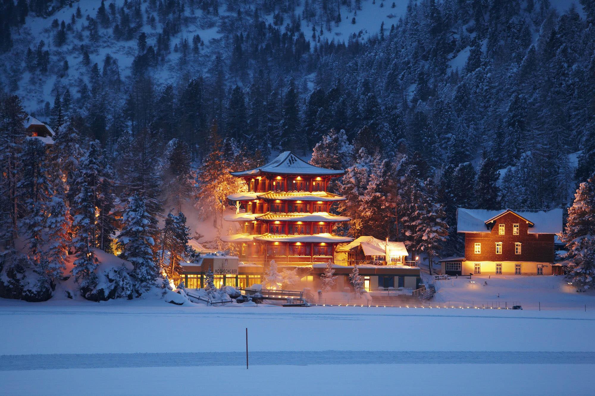 Chinaturm im Winter